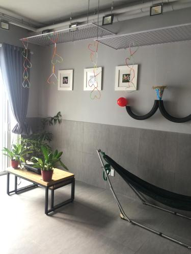 Phòng khách căn hộ RICHSTAR Bán căn hộ Richstar Tân Phú 2PN, tầng 16, diện tích 60m2, ban công Đông Nam đón gió