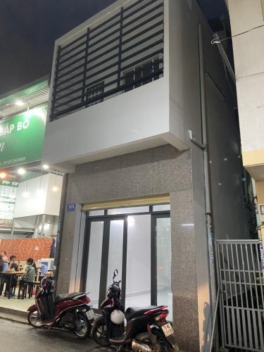 Nhà phố hẻm 6m đường Hoa Đào, diện tích 32.2m2 - nội thất cơ bản
