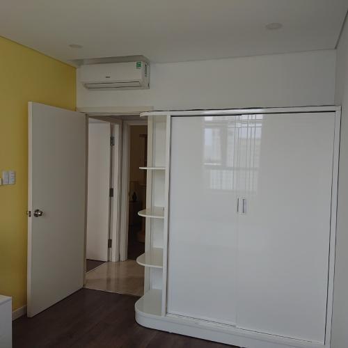 Tủ quần áo căn hộ Luxcity Căn hộ tầng cao Luxcity, ban công hướng Bắc nội thất đầy đủ