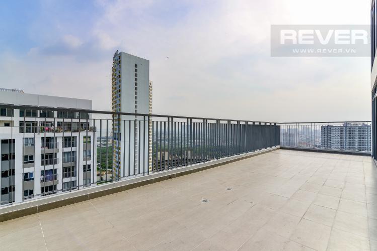 Balcony Căn duplex Lux Garden 3PN, nội thất đầy đủ