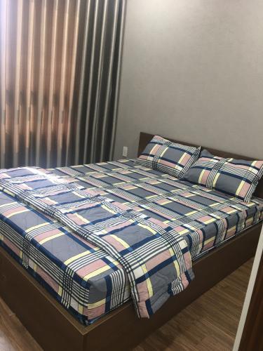 Phòng ngủ The Gold View, Quận 4 Căn hộ The Gold View đầy đủ nội thất, hướng nội khu.