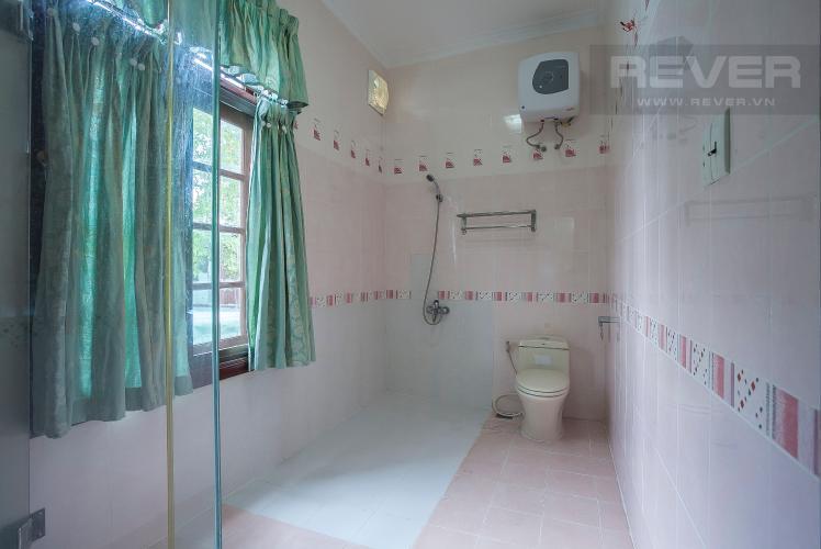 Phòng Tắm 3 Nhà phố 4 phòng ngủ đường Số 2 Quận 2 nội thất đầy đủ