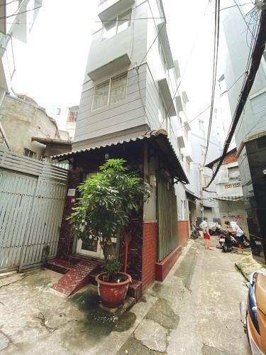 Mặt tiền nhà phố Vĩnh Viễn, Quận 10 Nhà phố trung tâm quận 10, hướng Tây, đầy đủ nội thất.