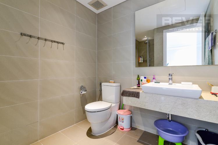 Phòng Tắm 1 Cho thuê căn hộ Đảo Kim Cương 2PN tầng trung tháp Bora Bora, đầy đủ nội thất, view sông yên tĩnh