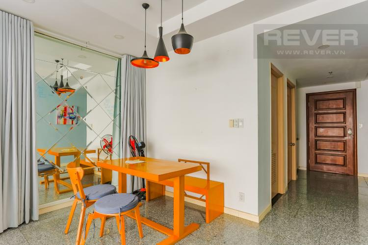 Phòng Ăn Căn hộ Dragon Hill Residence and Suites 2 phòng ngủ tầng cao tháp B nội thất có sẵn