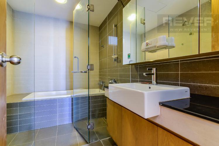 Phòng Tắm 2 Căn hộ Sunrise City 2 phòng ngủ tầng trung V6 nội thất đầy đủ