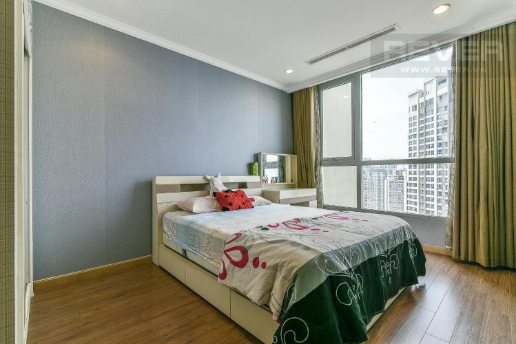 Phòng ngủ căn hộ VINHOMES CENTRAL PARK Bán hoặc cho thuê căn hộ Vinhomes Central Park 1PN, tầng cao, đầy đủ nội thất, view nội khu và thành phố