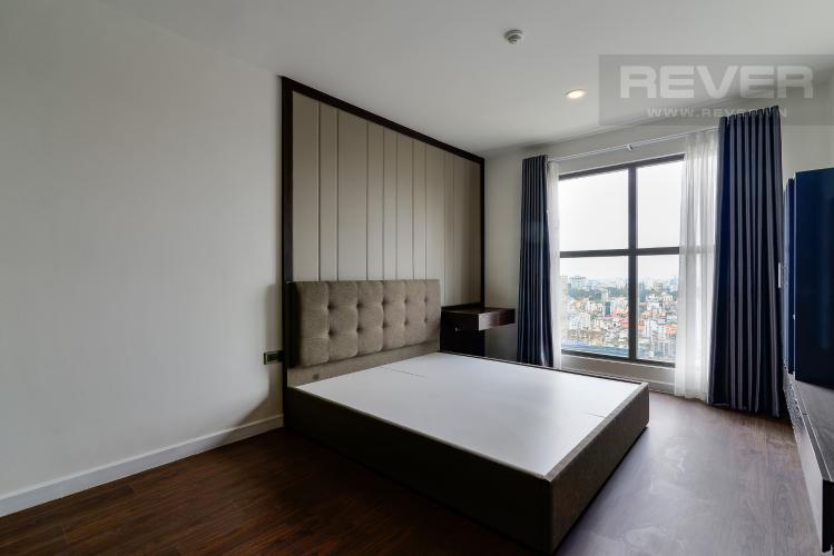 Phòng Ngủ 2 Bán hoặc cho thuê căn hộ Saigon Royal 2PN, tháp A, đầy đủ nội thất, view kênh Bến Nghé và Bitexco