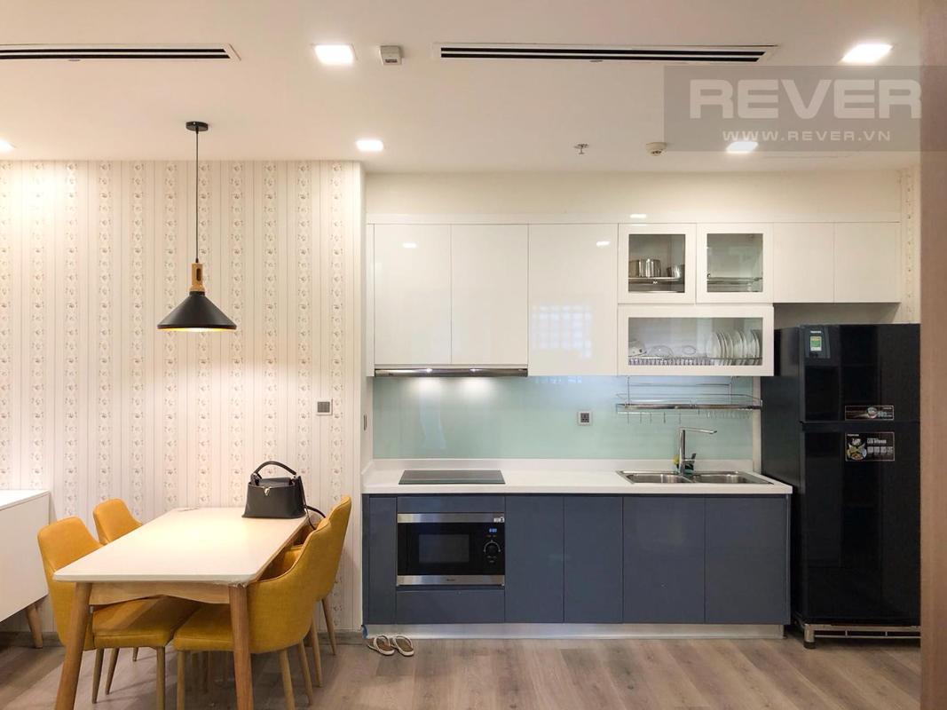 Nhà bếp Bán hoặc cho thuê căn hộ Vinhomes Central Park 1PN, tầng cao, diện tích 51m2, đầy đủ nội thất