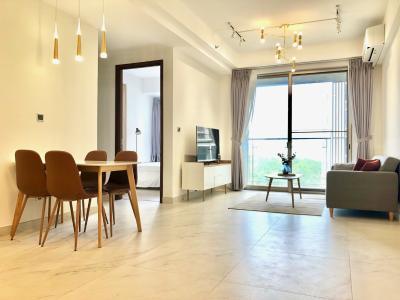 Căn hộ Phú Mỹ Hưng Midtown nội thất đầy đủ, tầng trung mát mẻ.