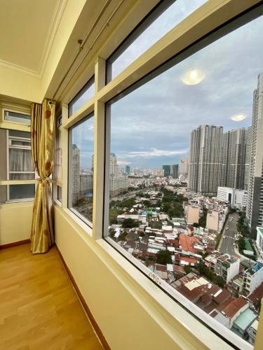View căn hộ Saigon Pearl, Bình Thạnh Căn hộ Saigon Pearl nội thất đầy đủ, view Landmark 81 tuyệt đẹp.