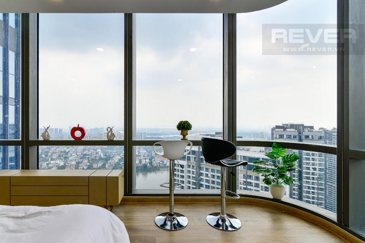 View Phòng Ngủ Bán hoặc cho thuê căn hộ Vinhomes Central Park 4PN, tháp Landmark 81, diện tích 164m2, đầy đủ nội thất, căn góc view thoáng