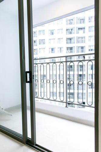 Ban Công Bán căn hộ Saigon Royal 1PN, tháp A, không có nội thất, view hồ bơi