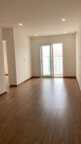 phòng khách căn hộ diamon riverside Căn hộ Diamond Riverside ban công hướng Đông, nội thất cơ bản.