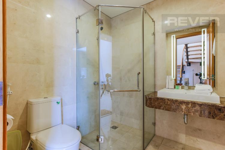 Phòng tắm 1 Duplex 1 phòng ngủ Saigon Pavillon nội thất đầy đủ