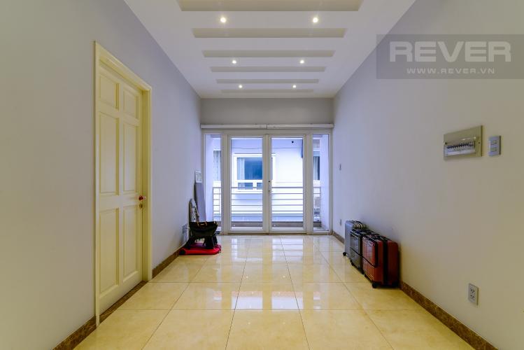 Hành Lang Cho thuê biệt thự Khu dân cư An Phú, hướng Đông Nam, thiết kế sang trọng, đầy đủ nội thất