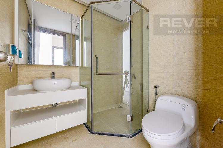Phòng tắm 1 Căn hộ Vinhomes Central Park 2 phòng ngủ tầng cao P5 view sông