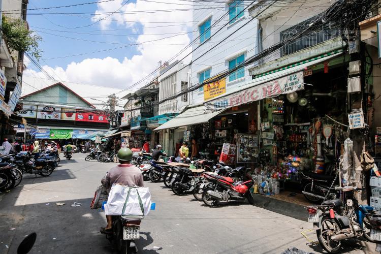 Mặt Tiền Vũ Chí Hiếu Nhà phố 3 mặt tiền đường Hải Thượng Lãn Ông Quận 5
