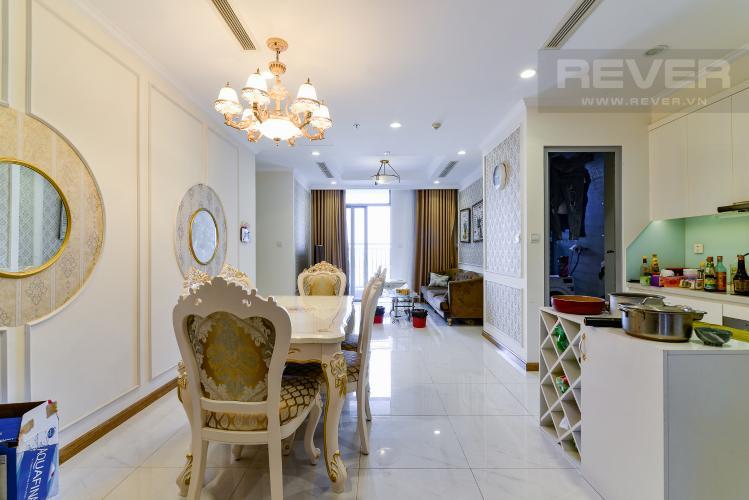 Phòng Khách Cho thuê căn hộ Vinhomes Central Park 83.8m2, view sông thoáng mát, nội thất hạng sang