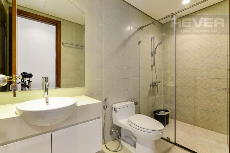 Phòng Tắm 1 Bán căn hộ Vinhomes Central Park tầng thấp 2 phòng ngủ, đầy đủ nội thất, view nội khu