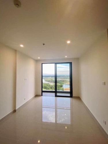 Bán căn hộ Vinhomes Grand Park, tiện ích đầy đủ, nội thất cơ bản.