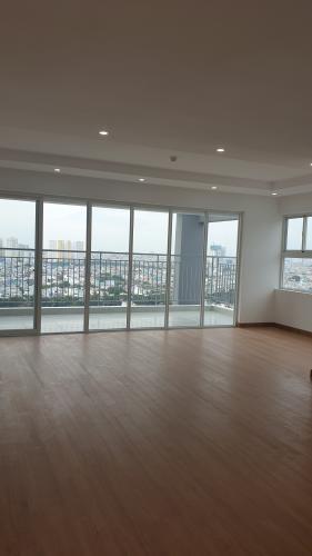 Phòng khách căn hộ Conic Riverside, Quận 8 Căn hộ penthouse chung cư Conic Riverside view thành phố thoáng mát.