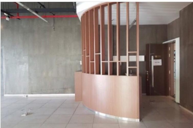 Bên trong Sunrise City North Căn hộ Office-tel Sunrise City tầng thấp, nội thất cơ bản.