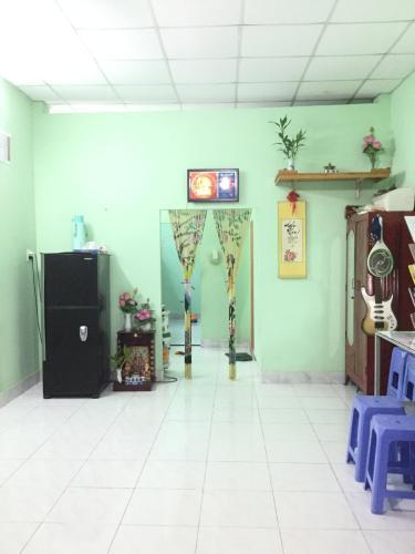 Bán nhà phố đường Đ. Trường Lưu phường Long Trường quận 9, diện tích đất 51m2, sổ hồng đầy đủ