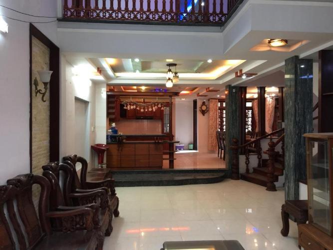 Bán biệt thự Khu nhà ở Bộ Công an, Phú Thuận, Quận 7, thổ cư 157m2, đầy đủ nội thất gỗ
