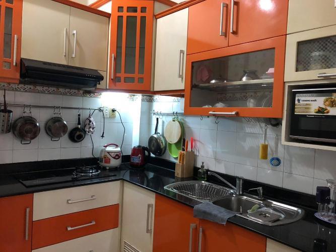 Phòng bếp nhà Trần Quang Diệu, quận 3 Nhà phố trung tâm quận 3, hướng Nam, nội thất đầy đủ mới.