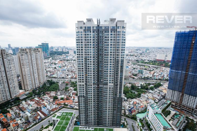 View ban công nhìn từ căn hộ Căn hộ The Park Vinhomes Central Park tầng cao tháp P1
