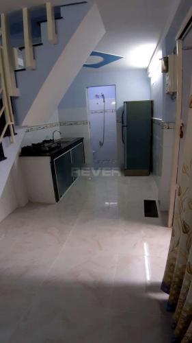 Phòng bếp nhà phố Phạm Thế Hiển, quận 8 Nhà phố có sổ hồng riêng, bàn giao ngay, view hướng Bắc.