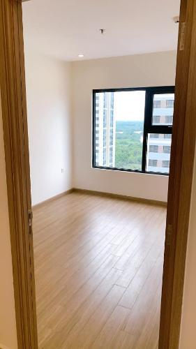 Phòng ngủ Vinhomes Grand Park Quận 9 Căn hộ Vinhomes Grand Park cửa chính hướng Đông Nam, tầng thấp.