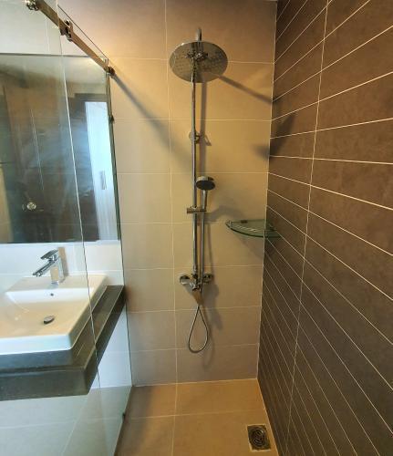 Phòng tắm căn hộ Sunrise Riverside Căn hộ Sunrise Riverside nội thất đầy đủ, view hướng Đông.