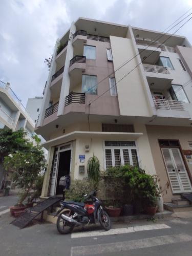 Bán nhà 4 tầng đường số 1, Bình Thuận, Quận 7, hướng Tây Nam, căn góc 2 mặt tiền