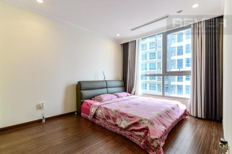 b0d5107ecadf2d8174ce Bán căn hộ Vinhomes Central Park 2PN, tầng cao, diện tích 79m2, đầy đủ nội thất, view thành phố