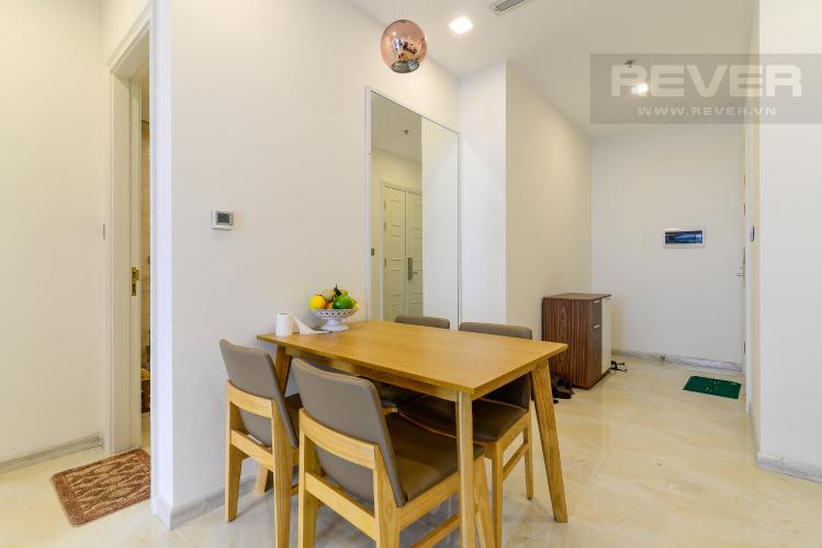 Phòng Ăn Cho thuê căn hộ Vinhomes Golden River 1PN, tầng cao, tháp The Aqua 1, đầy đủ nội thất, view sông Sài Gòn thoáng mát