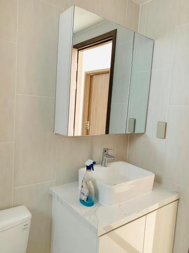 Toilet căn hộ SUNRISE RIVERSIDE Bán căn hộ Sunrise Riverside 3 phòng ngủ thuộc tầng trung, diện tích 83m2
