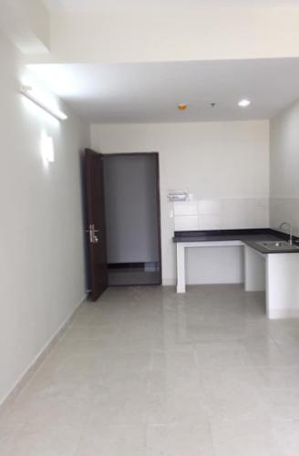Căn hộ chung cư Nguyễn Kim ban công hướng Đông Nam, view nội khu.