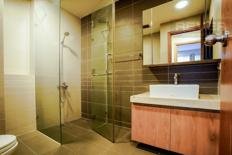Phòng Tắm 1 Bán căn hộ Sunrise City 2PN, nằm ngay góc, tháp V5, tầng cao, đầy đủ nội thất
