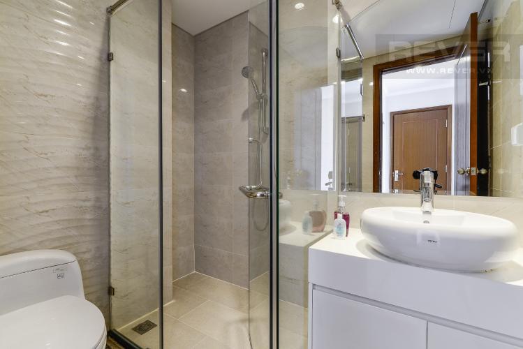 Phòng Tắm 2 Căn hộ Vinhomes Central Park 3PN đầy đủ nội thất, có thể dọn vào ở ngay