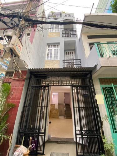 Nhà phố Tân Bình hướng Tây Nam, gần chợ Phạm Văn Hai.