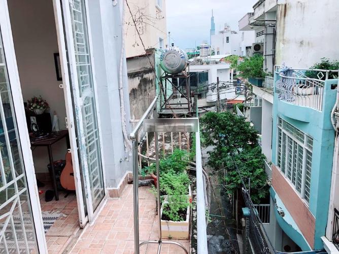 Nhà phố đường Nguyễn Xí, Bình Thạnh Nhà nguyên căn hẻm đường Nguyễn Xí, diện tích 4m x12m