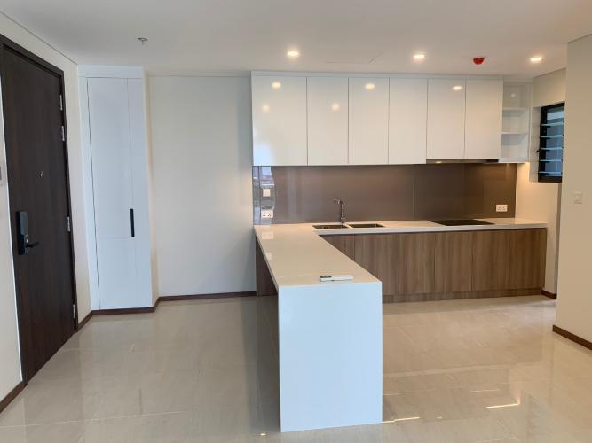 Phòng bếp One Verandah  Căn hộ tầng 17 One Verandah, view thành phố và sông.