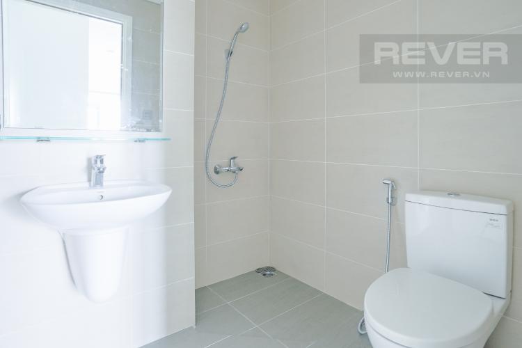 Phòng Tắm Bán căn hộ LuxGarden tầng trung, 2PN, nội thất cơ bản