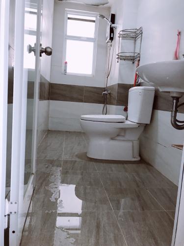 Phòng tắm Căn hộ Riverside Linh Đông Căn hộ 4S Riverside Linh Đông nội thất cơ bản, view Landmark, Bitexco.