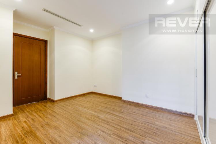 Phòng ngủ 3 Cho thuê căn hộ Vinhomes Central Park tầng cao, 3PN, view sông