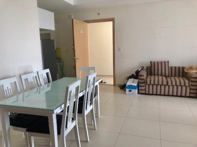 Căn hộ M-One Nam Sài Gòn view thoáng mát, nội thất cơ bản.