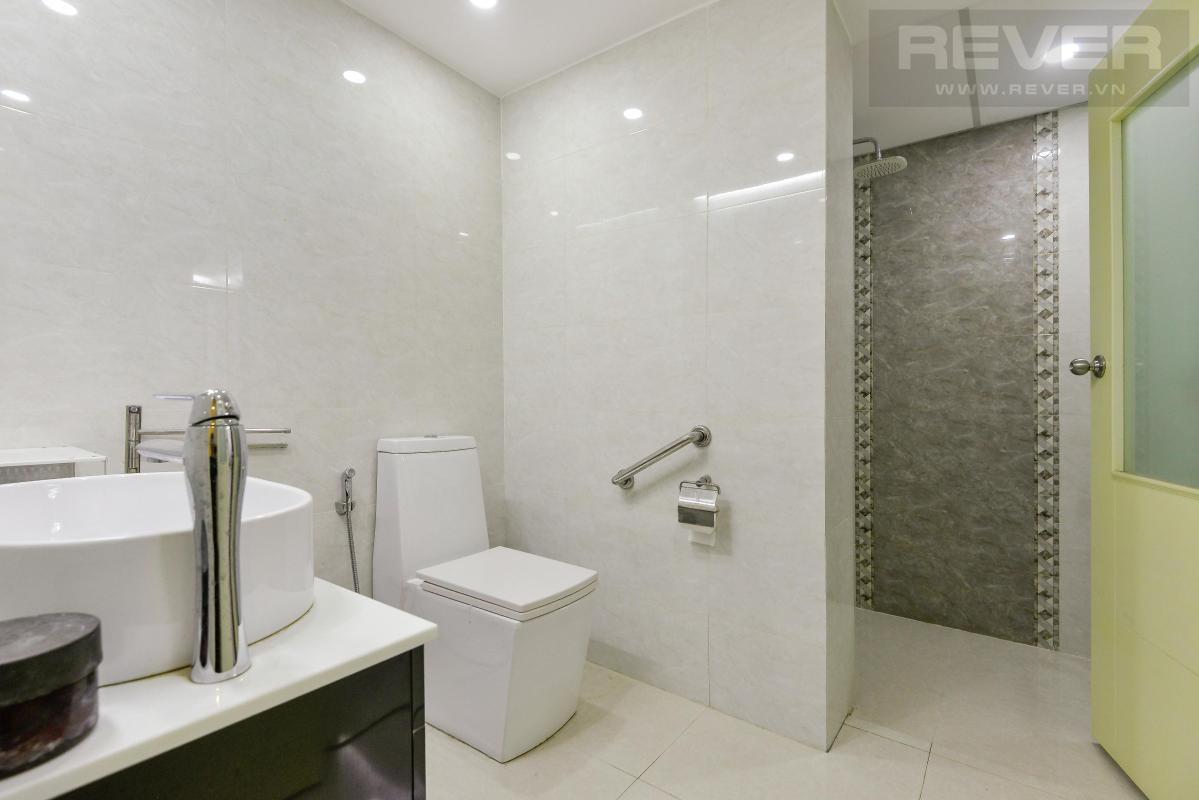 Toilet Bán shophouse Hoàng Anh Gia Lai 1, diện tích sàn 127m2, nội thất cao cấp, đã có sổ hồng