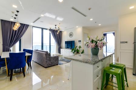 Bán căn hộ Vinhomes Golden River 3PN, tầng cao, tháp The Aqua 1, diện tích 109m2, đầy đủ nội thất, view thành phố